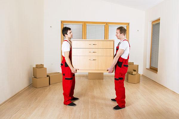 Montaje-de-muebles-en-una-mudanza