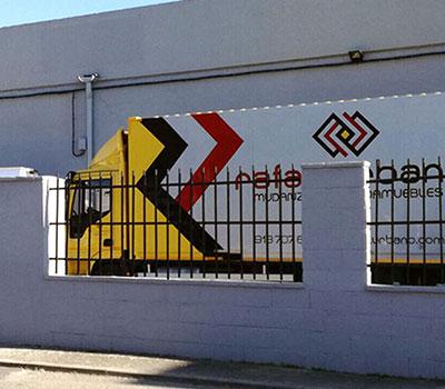 Empresa de Mudanzas en Madrid Capital | RAFAEL URBANO